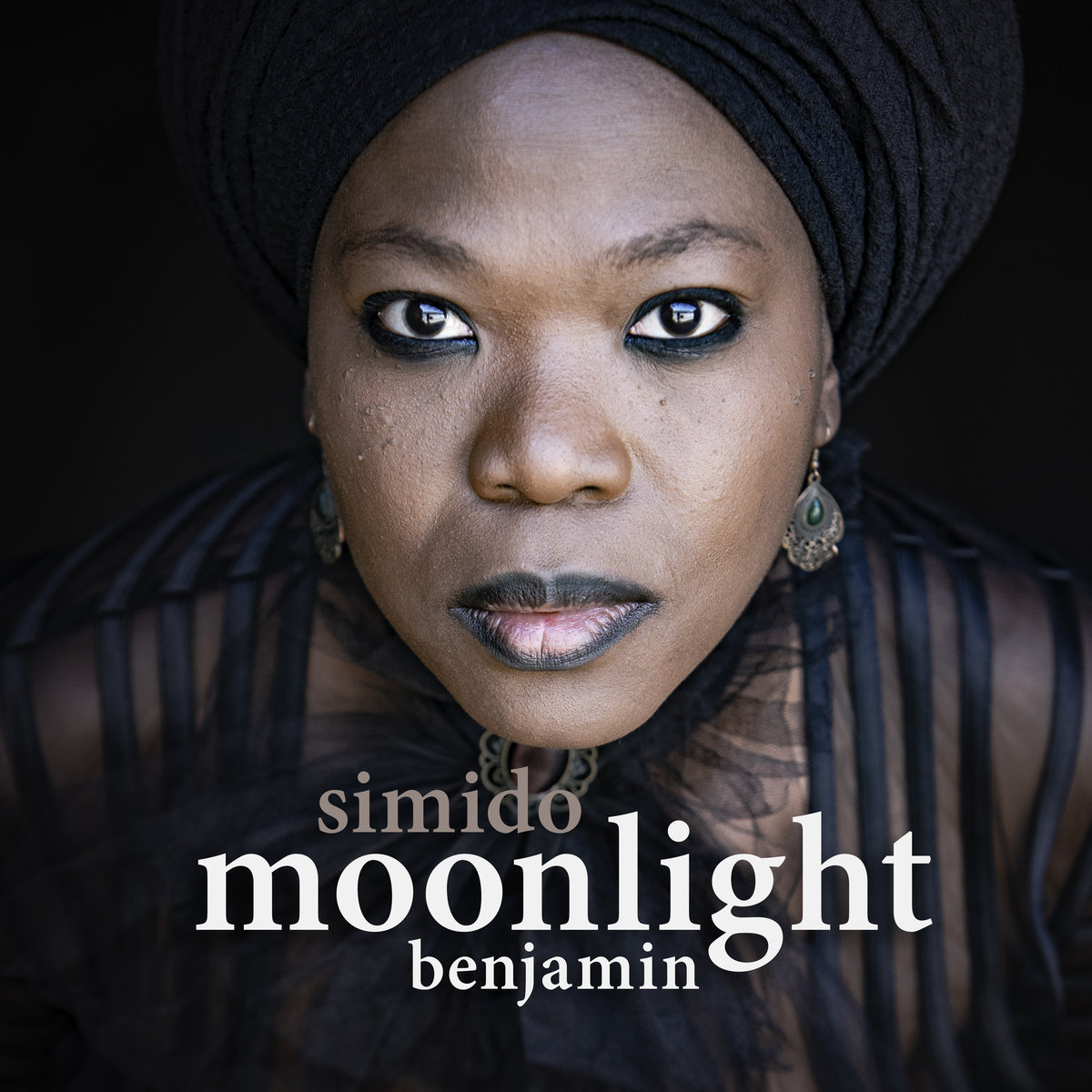 Moonlight Benjamin – Simido